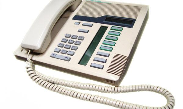 phone-1-1315027-640x480